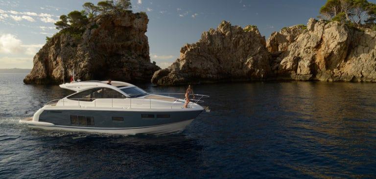 Köp nya och begagnade båtar hos Fair Marin